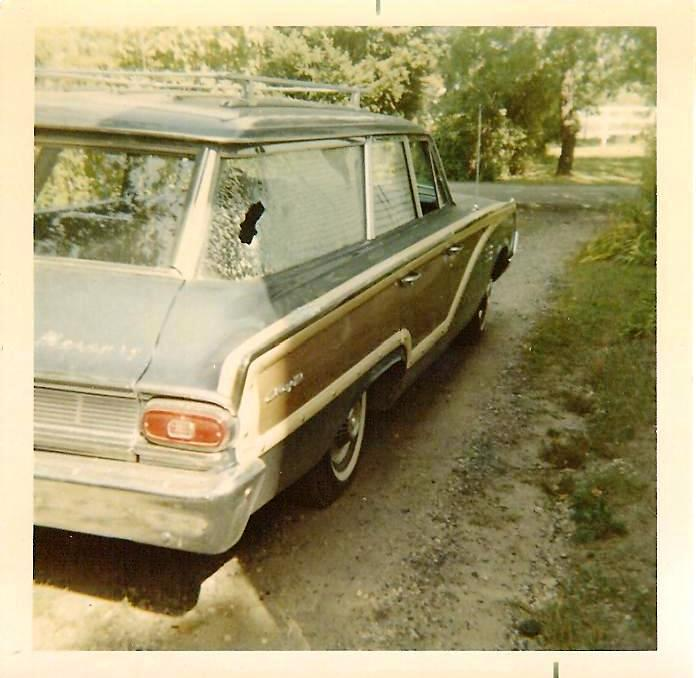 1964 Mercury Colony Park broken window