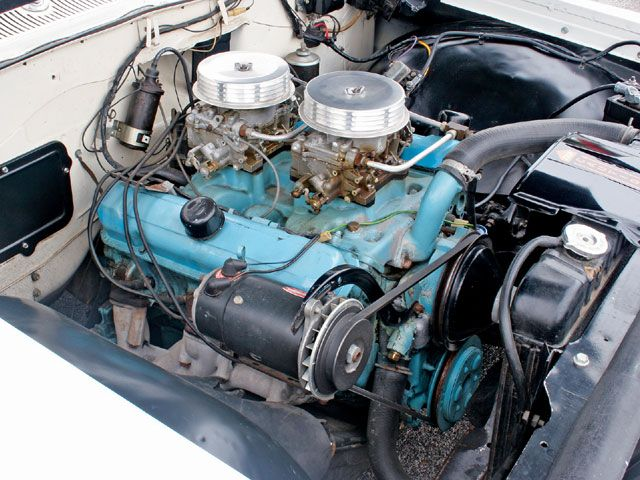 1962 Pontiac Catalina 421 Super Duty Engine Bay