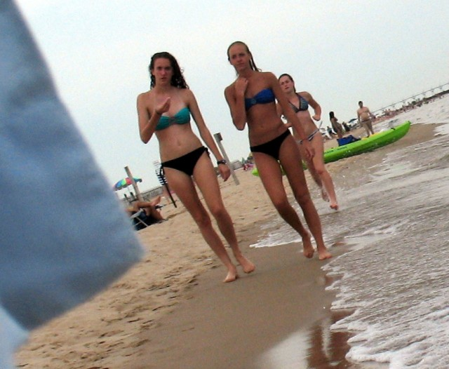 bikini girls