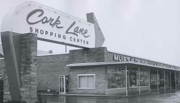 Muirs Dugs at Cork Lane
