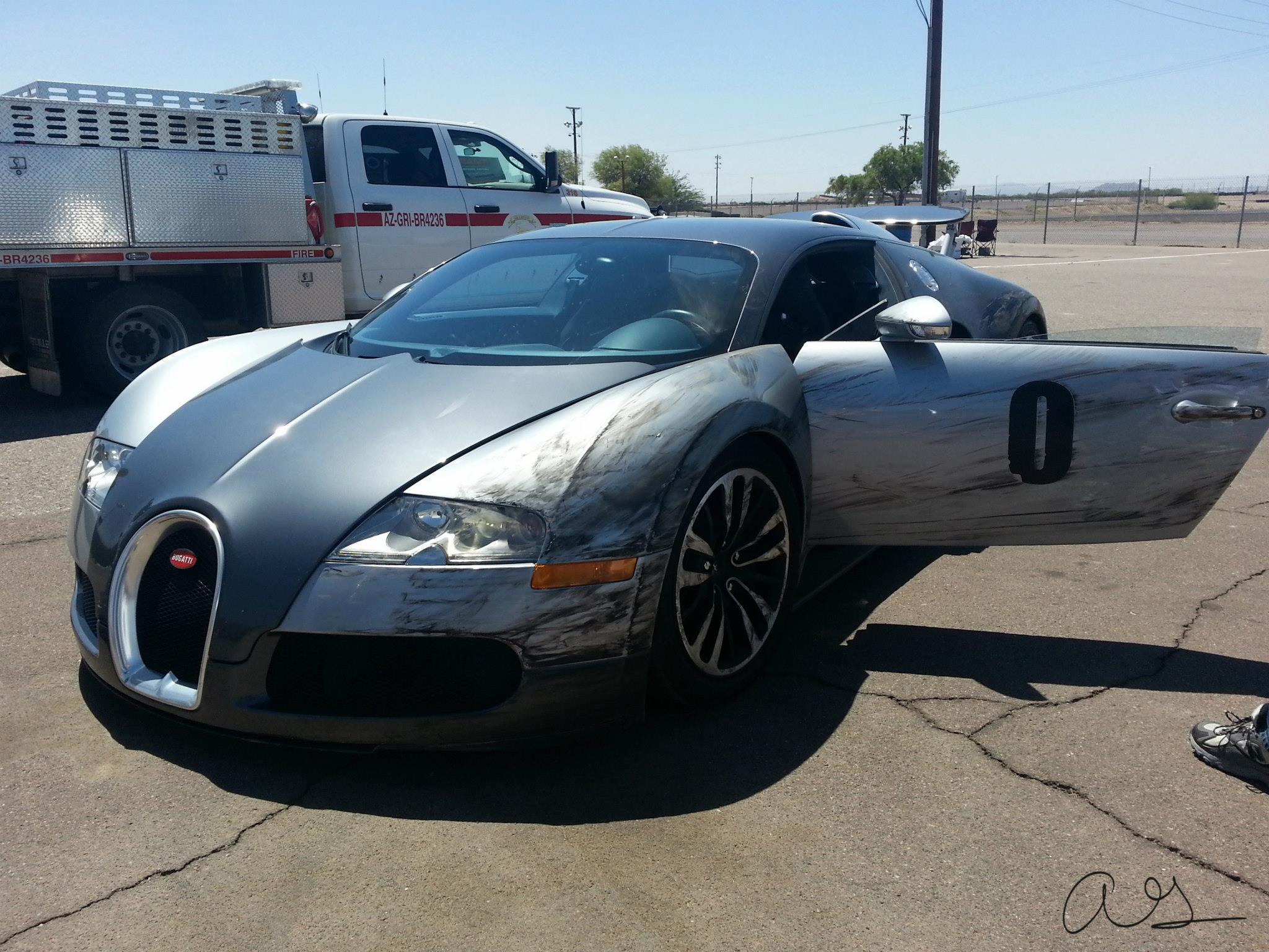 Bugatti Veyron Crash at Firebird Raceway - Autofluence.com