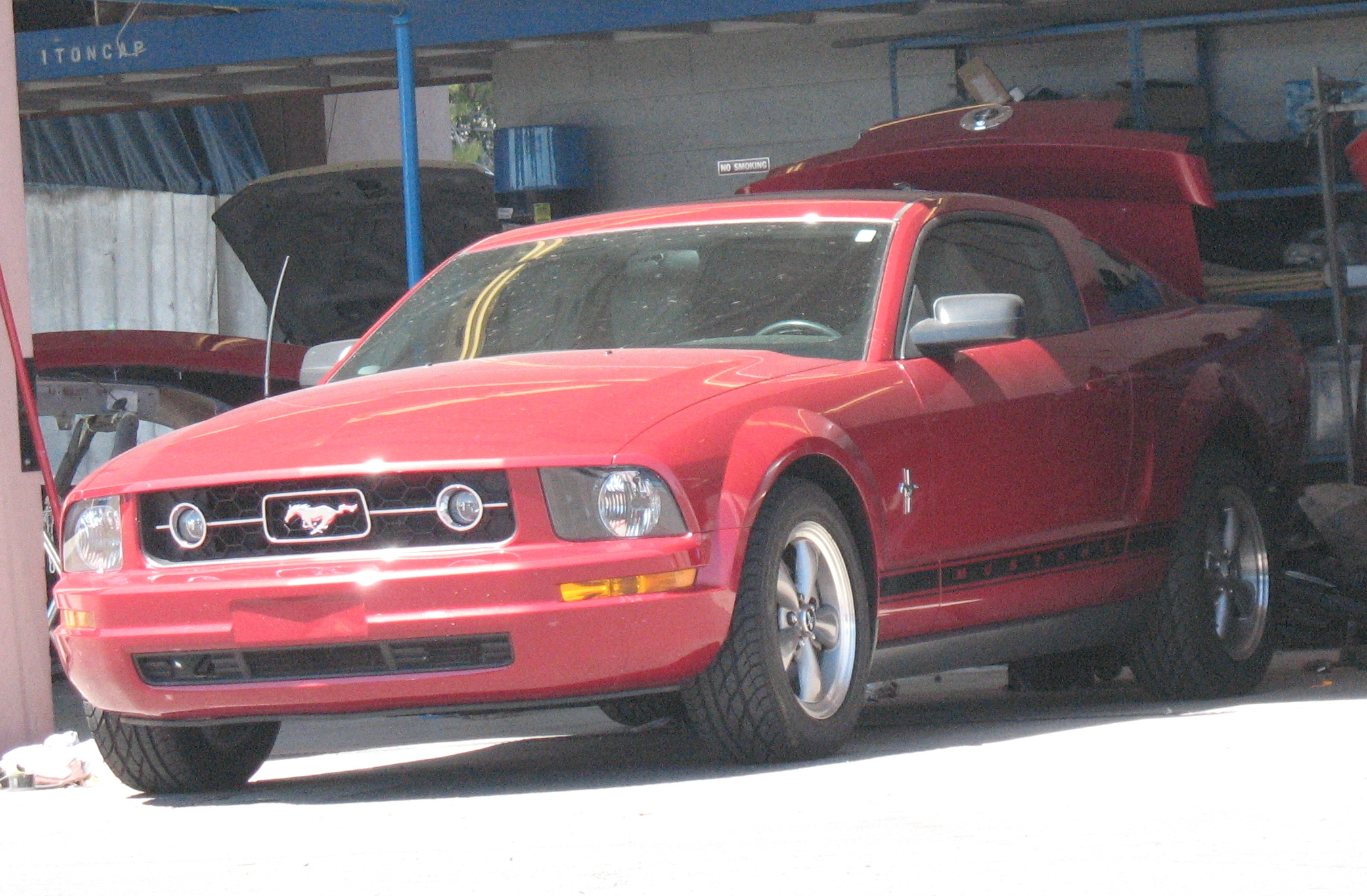 2006 Ford Mustang body shop
